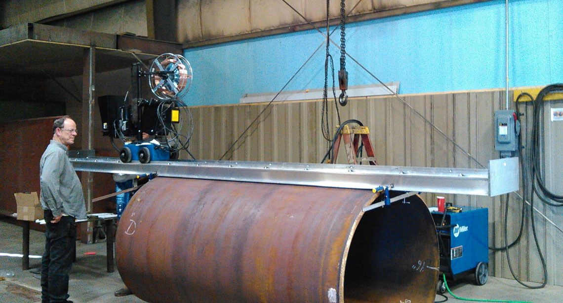 large-rolled-and-welded-cylinder-plate-rolling