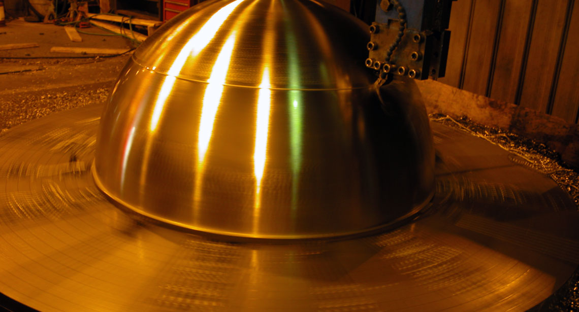 large-diameter-metal-turning-photo-3